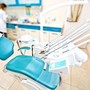 Чем занимается стоматолог